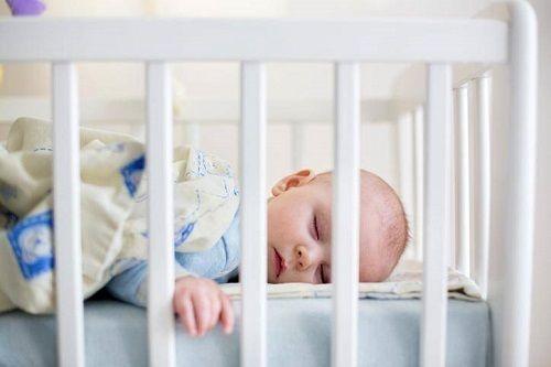 comment choisir lit bebe barreaux
