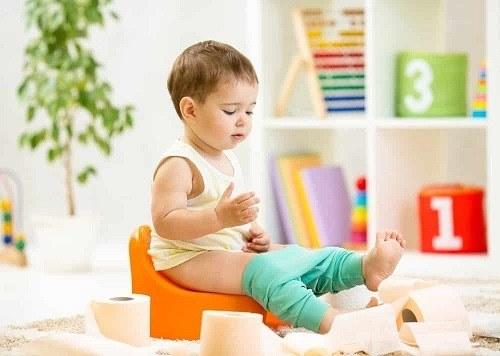 mettre bebe pot adapté